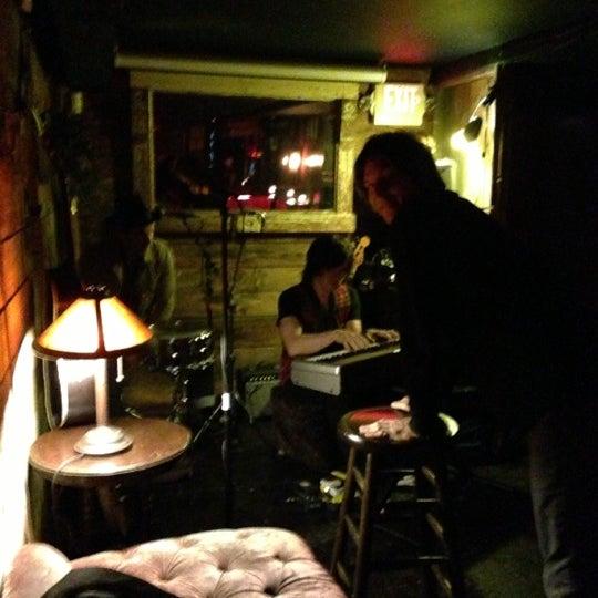 Foto tomada en Entwine por Anna G. el 10/25/2012