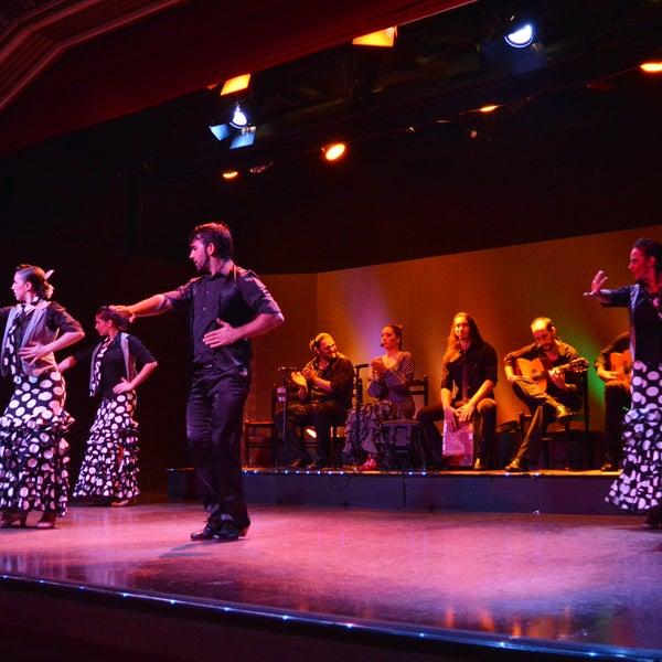 Das Foto wurde bei Palacio del Flamenco von Palacio del Flamenco am 11/11/2014 aufgenommen
