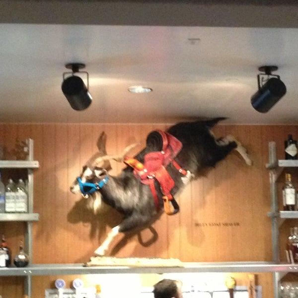 Photo prise au Rodeo Goat par Larry J M. le2/8/2013