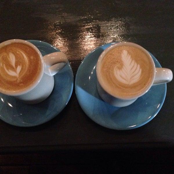 9/23/2015에 Aras E.님이 The Wormhole Coffee에서 찍은 사진