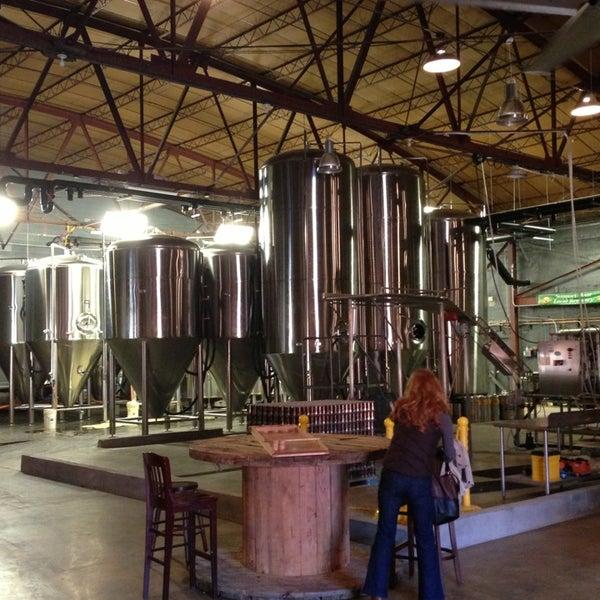 Foto diambil di Good People Brewing Company oleh Brett S. pada 12/22/2012