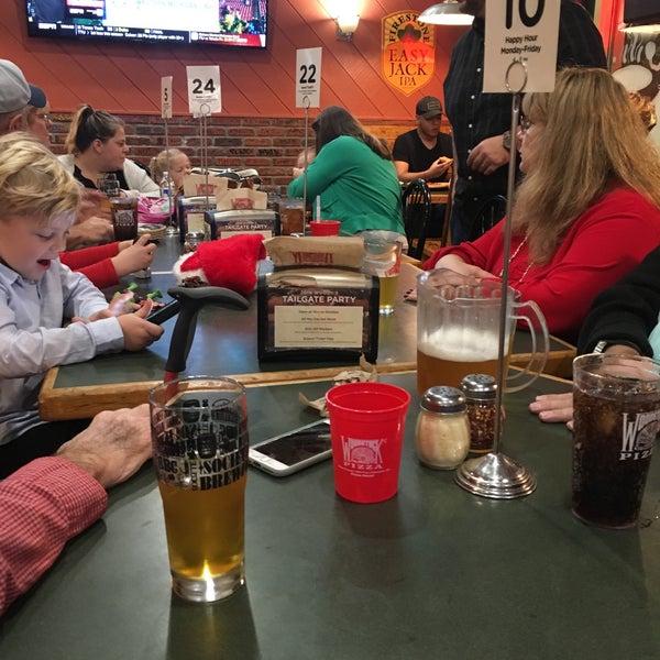 12/21/2018にZach S.がWoodstock's Pizzaで撮った写真