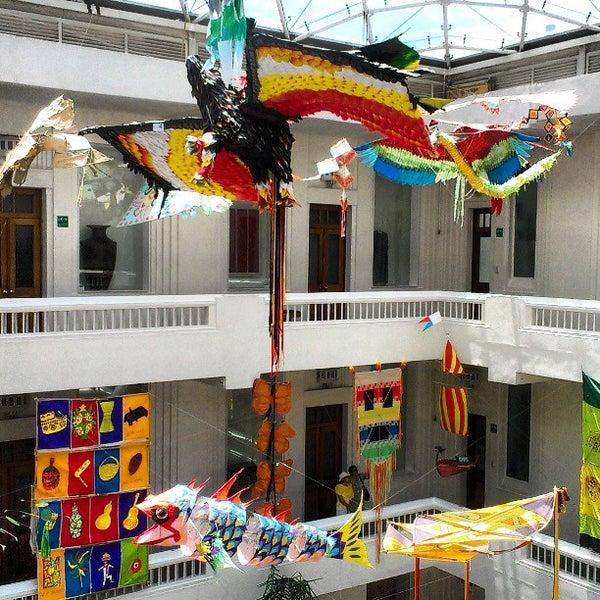 Снимок сделан в Museo de Arte Popular пользователем Enrique D. 4/14/2013