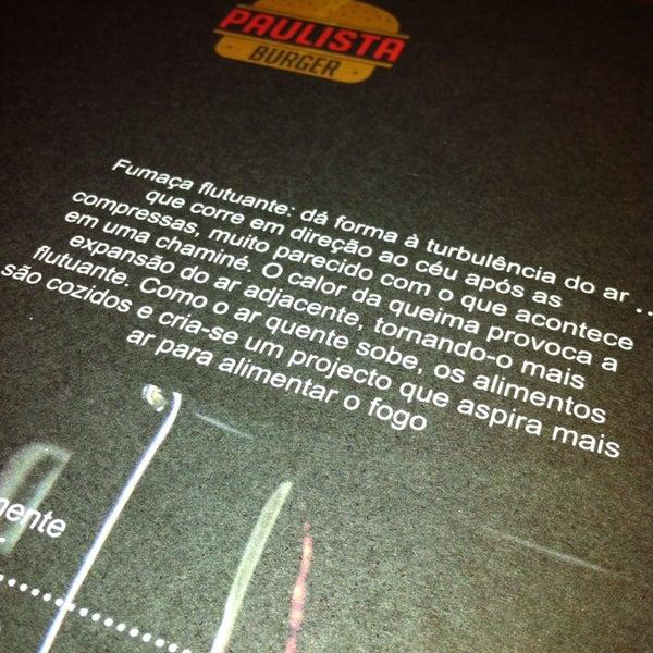รูปภาพถ่ายที่ Paulista Burger โดย Antônio Álvaro C. เมื่อ 7/27/2013