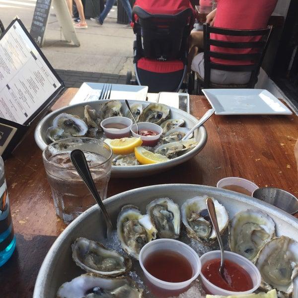 9/16/2017にxavier m.がBait & Hook Seafood Shackで撮った写真