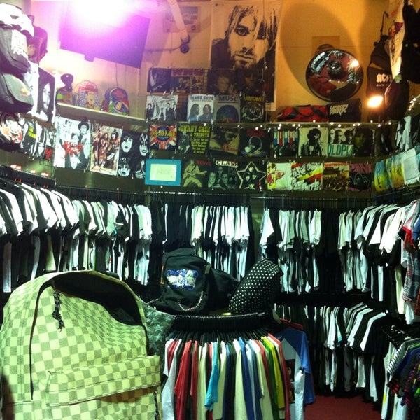 26012c0c347 Retrostar Vintage Clothing - Melbourne CBD - 4 tips from 273 visitors