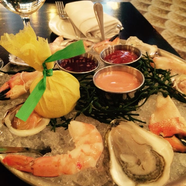 Sea food, wine, French food