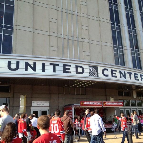 รูปภาพถ่ายที่ United Center โดย Kevin A. เมื่อ 5/29/2013