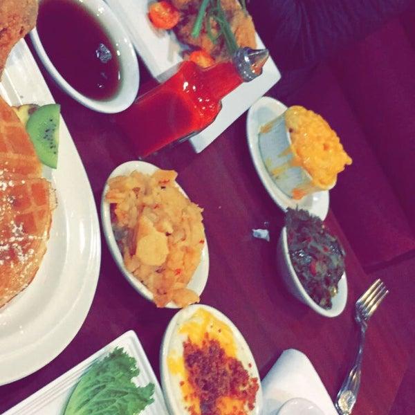 12/11/2014에 🎀Dayolikewhoa🎀님이 Granny's Restaurant에서 찍은 사진
