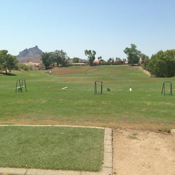 Das Foto wurde bei Desert Canyon Golf Club von Ricky P. am 7/6/2013 aufgenommen
