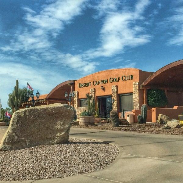 Das Foto wurde bei Desert Canyon Golf Club von Ricky P. am 2/15/2015 aufgenommen