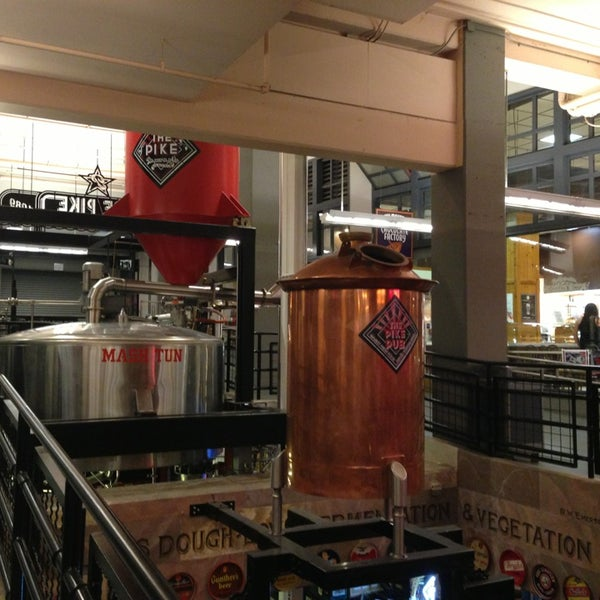 Das Foto wurde bei Pike Brewing Company von Ricky P. am 5/25/2013 aufgenommen