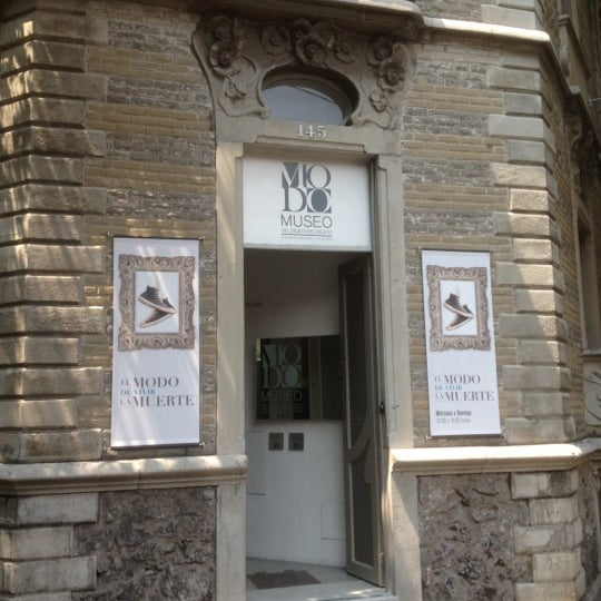 Das Foto wurde bei MODO Museo del Objeto del Objeto von Mark W. am 9/22/2012 aufgenommen
