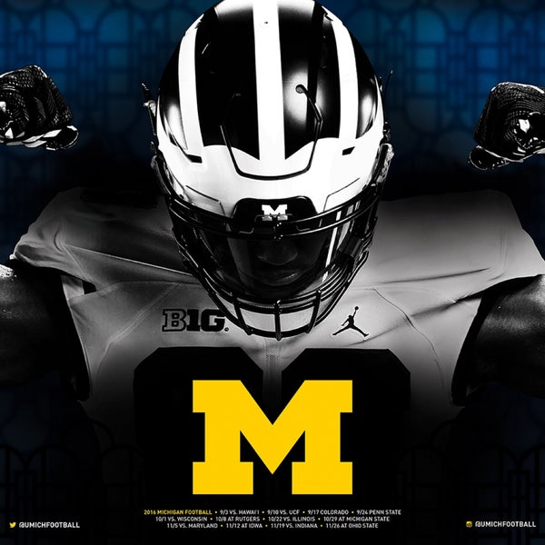 Came 2 watch Mich/Purdue game w/family and friends. Great drinks, wings were really good. We had a problem at the end but Avi the manager straightened everything out. Definitely will be a regular!