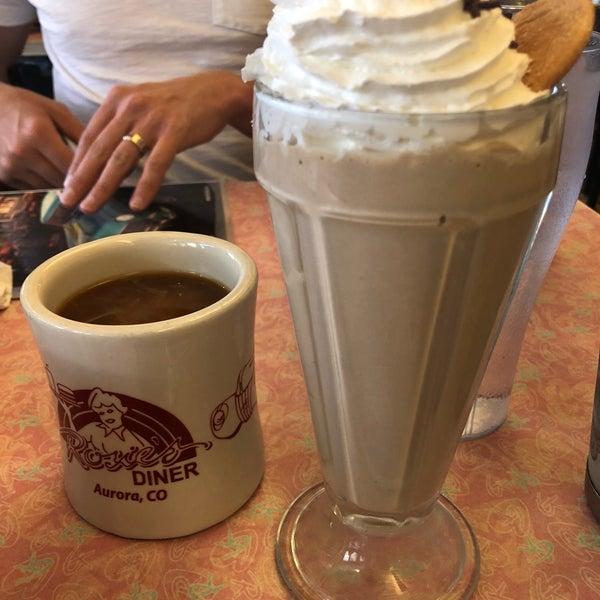Foto tirada no(a) Rosie's Diner por Pauline S. em 8/26/2018