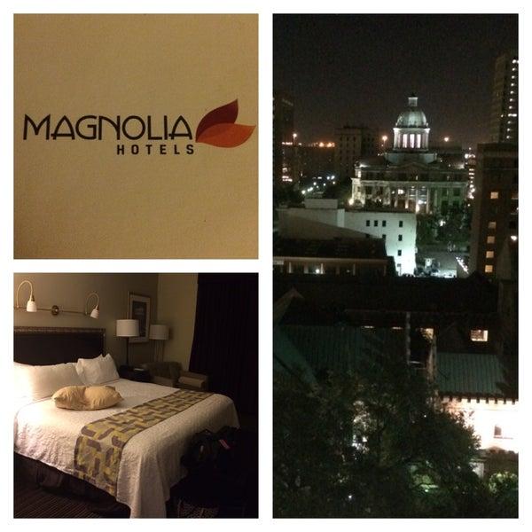 Снимок сделан в Magnolia Hotel пользователем Jessica S. 8/29/2014