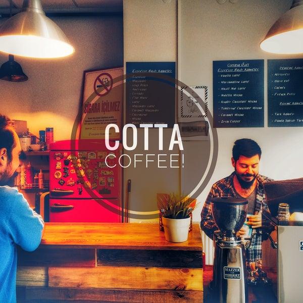 Foto tirada no(a) Cotta Coffee por Beren F. em 9/28/2016