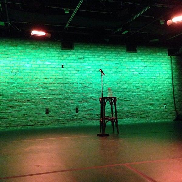 Foto tirada no(a) SubCulture: Arts Underground por Tolgar C. em 6/13/2013