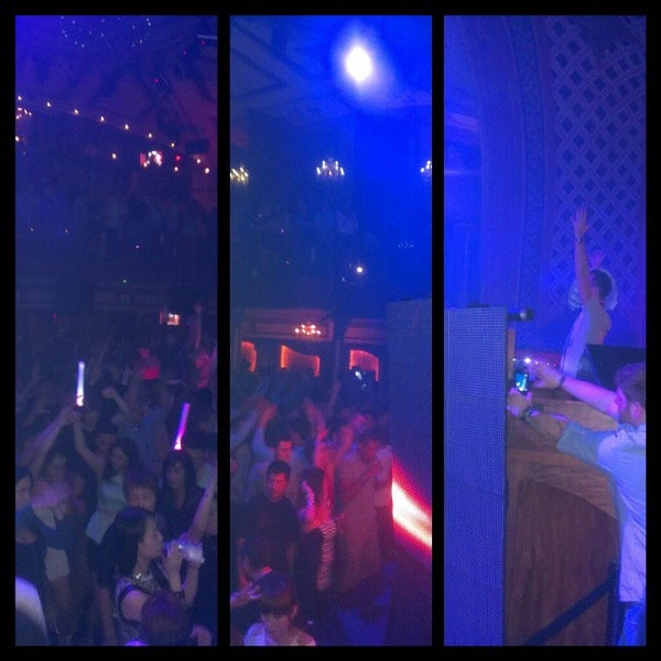 Photo prise au Opera Nightclub par Dancin' D. le3/16/2013