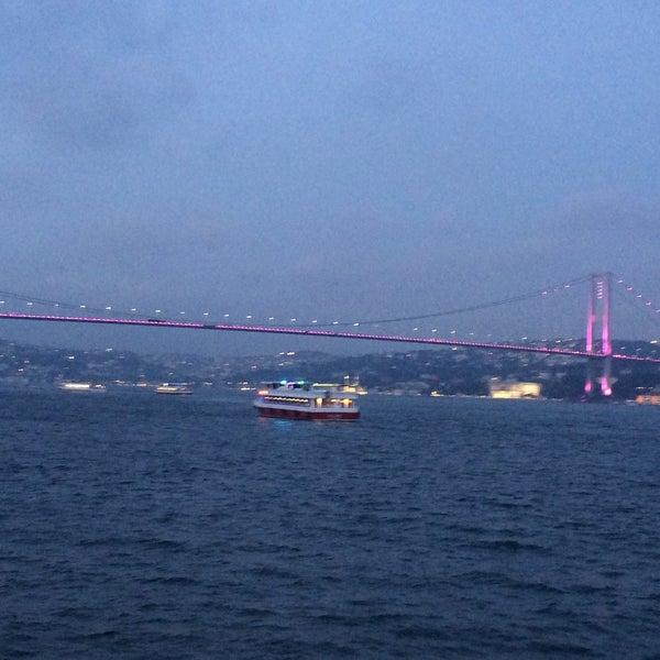 6/22/2016 tarihinde Aleyna G.ziyaretçi tarafından Seyr-ü Sefa Teknesi | İstanbul Tekne Kiralama & Teknede Düğün'de çekilen fotoğraf