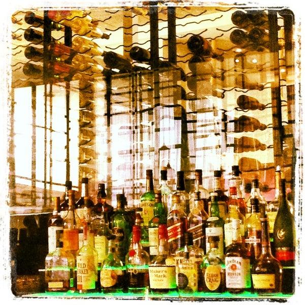 Foto scattata a Province Urban Kitchen & Bar da Chad W. il 3/24/2013