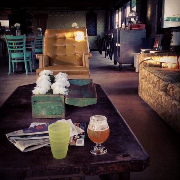 3/18/2014에 Chad W.님이 Sip Coffee & Beer House에서 찍은 사진