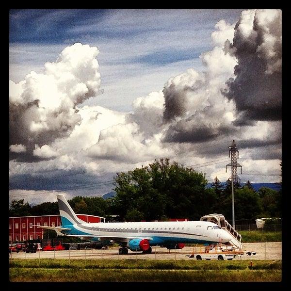 Photo prise au Aéroport de Genève Cointrin (GVA) par Emile N. le5/24/2013