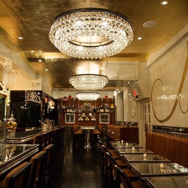 Foto tirada no(a) Bar Cyrk NYC por Emmet K. em 3/19/2015