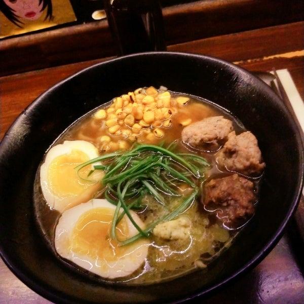 Foto tirada no(a) Fukuro Noodle Bar por Hernü .. em 7/25/2021