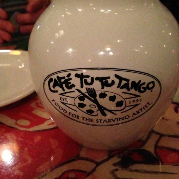 Foto diambil di Café Tu Tu Tango oleh Vladimir S. pada 1/14/2013