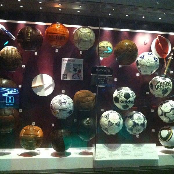 2/7/2013 tarihinde Emrah P.ziyaretçi tarafından National Football Museum'de çekilen fotoğraf