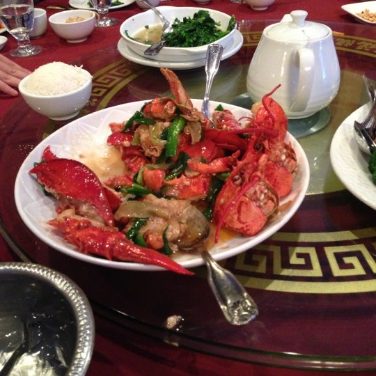 11/24/2012에 Jacqueline C.님이 Oriental Garden 福臨門海鮮酒家에서 찍은 사진