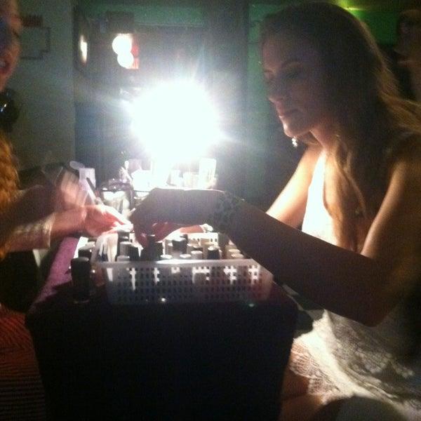 Foto diambil di Beauty Bar oleh Colleen W. pada 7/20/2013