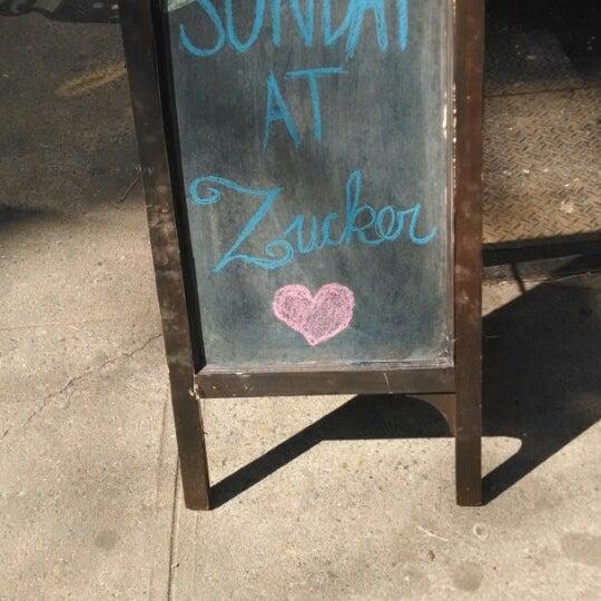 3/9/2014에 Devin A. B.님이 Zucker Bakery에서 찍은 사진