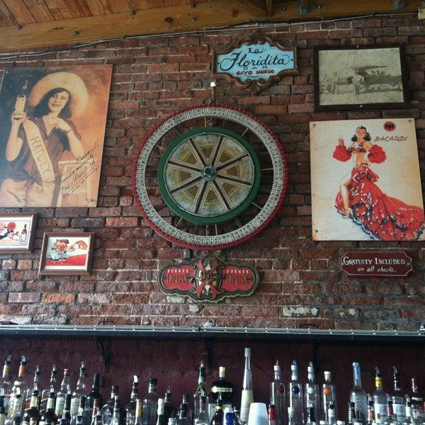 Foto diambil di El Meson de Pepe Restaurant & Bar oleh Bethany pada 7/15/2013