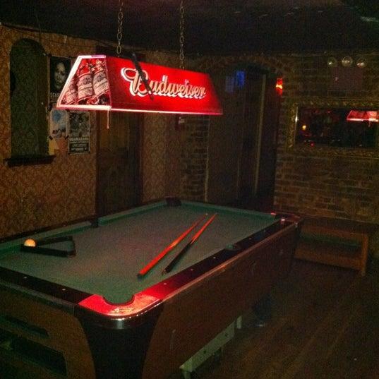 Das Foto wurde bei Nowhere Bar von Francisco H. am 9/15/2012 aufgenommen