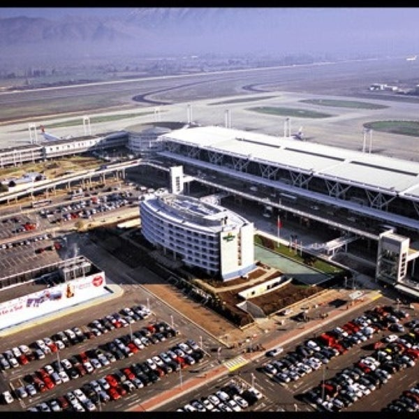 Photo prise au Aeropuerto Internacional Comodoro Arturo Merino Benítez (SCL) par Sechu . le4/16/2013