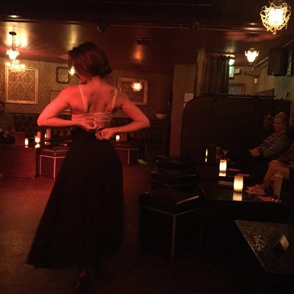 Foto tomada en Seventy7 Lounge por Alisha B. el 7/2/2015