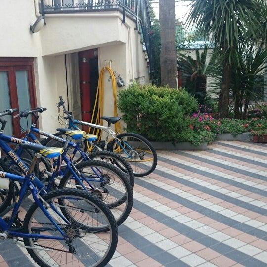 Das Foto wurde bei Hotel Villa Luisa von kanapu am 8/12/2014 aufgenommen