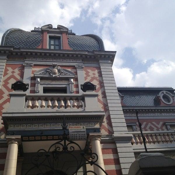 รูปภาพถ่ายที่ Museo de Cera โดย Deam A. เมื่อ 4/10/2013