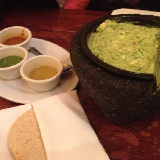 11/11/2012 tarihinde Wendy T.ziyaretçi tarafından Colibrí Mexican Bistro'de çekilen fotoğraf