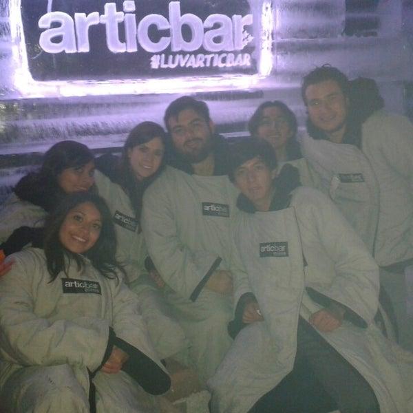1/13/2014 tarihinde Hugo C.ziyaretçi tarafından Articbar México'de çekilen fotoğraf