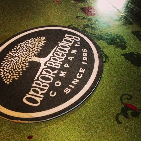 Foto tomada en Arbor Brewing Company por Matt W. el 1/14/2013