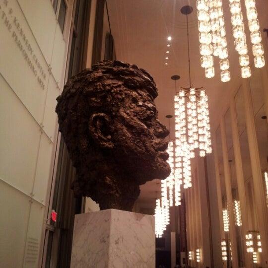 11/3/2012 tarihinde Richard B.ziyaretçi tarafından The John F. Kennedy Center for the Performing Arts'de çekilen fotoğraf