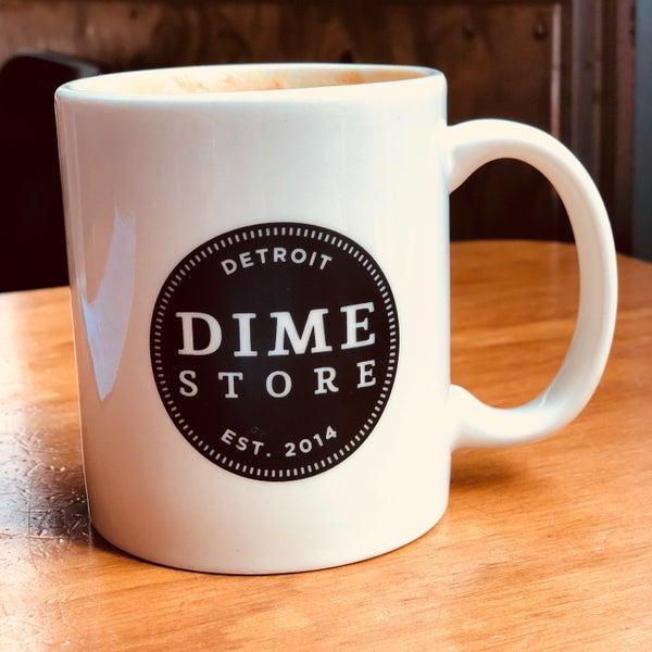 4/12/2018 tarihinde derek q.ziyaretçi tarafından Dime Store'de çekilen fotoğraf