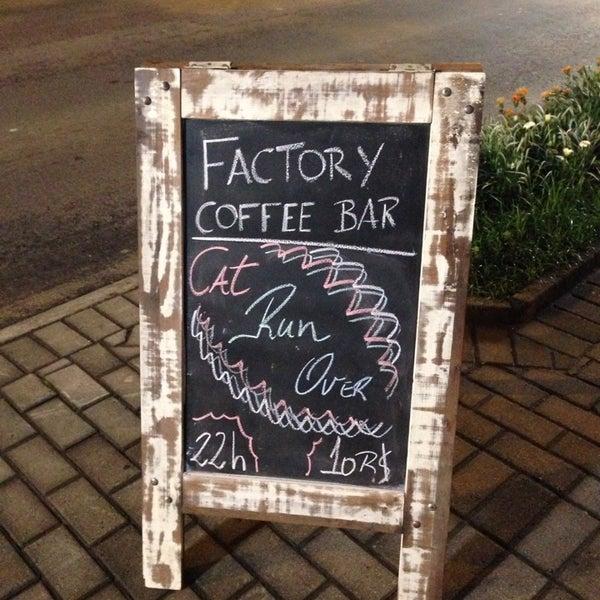 Foto tomada en Factory Coffee Bar por Ilson G. el 10/24/2013