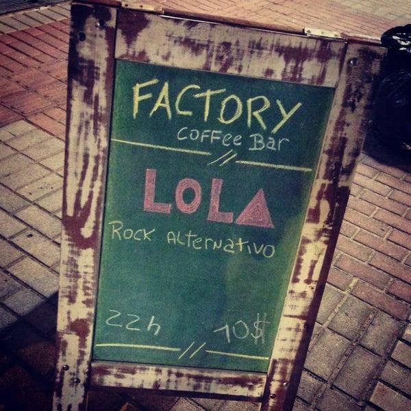 4/13/2013 tarihinde Ilson G.ziyaretçi tarafından Factory Coffee Bar'de çekilen fotoğraf