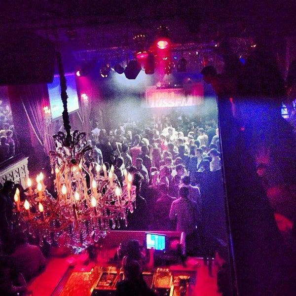 Das Foto wurde bei Foundation Nightclub von Scott R. am 2/9/2013 aufgenommen