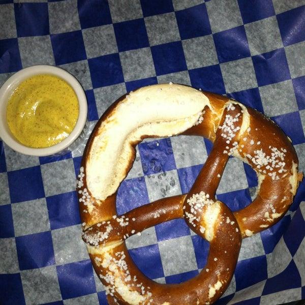 Foto diambil di Hofbräu Bierhaus NYC oleh Alyssa B. pada 1/26/2013