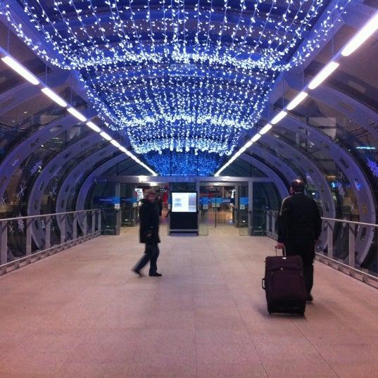 Снимок сделан в Дублинский аэропорт (DUB) пользователем Michelle N. 12/23/2012